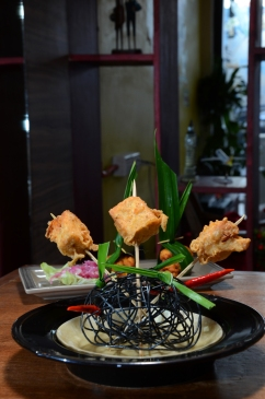 Isi Tahu Crispy Fried Stuffed Bean Curd with Sate Peanut Sauce